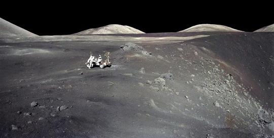 Apollo-17-rover-crater